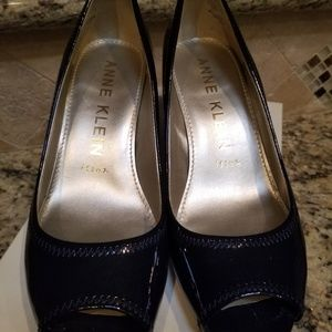 Anne Klein Meredith Pumps size 8 Navy